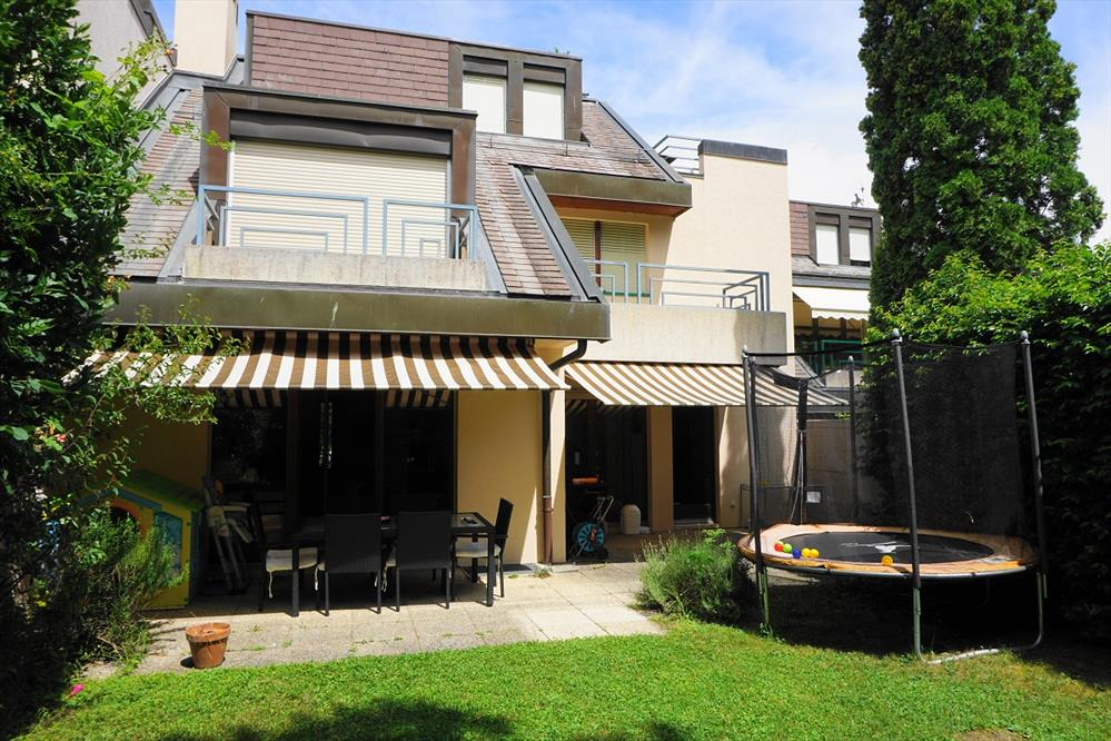 Foyer Gilly Grand Lancy : Location maison jumelle pièces grand lancy chf