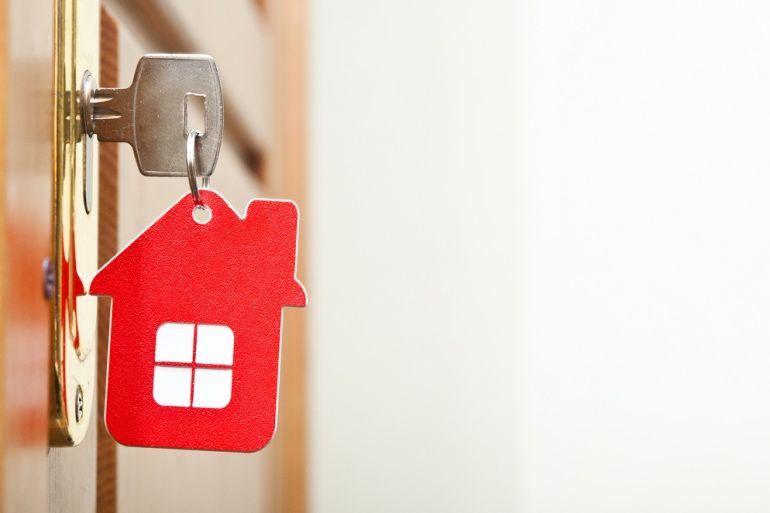 Vendre un logement à un locataire en place : est-ce possible ?