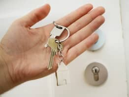Un locataire est-il en droit de renoncer au bail avant la prise de possession des locaux sans résiliation ?