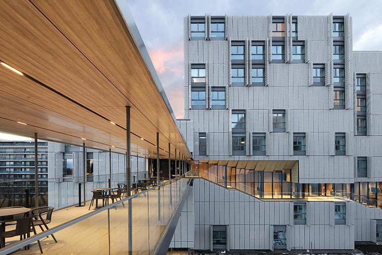 RÉSIDENCE ÉTUDIANTE GRAND MORILLON: concevoir une architecture pour l'Institut de hautes études internationales et du développement